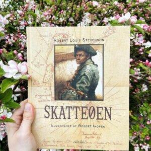 Sommerbøger til børn og deres voksne:  @norogfarlaeser anbefaler 'Skatteøen'